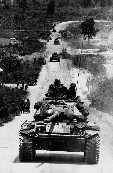 Chien xa M41, cua Chi doan 1, Thiet doan 8 ky binh nho chot Chu Pao tai Kontum nam 1972 .jpg