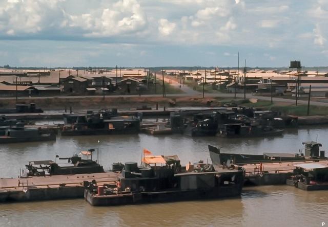 Hải quân thiếu tá Lê Anh Tuấn và căn cứ Tuyên Nhơn – biển xưa